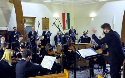 Ünnepi hangverseny a szimfonikusoktól